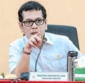 Menteri Pariwisata dan Ekonomi Kreatif/Kepala Badan Pariwisata dan Ekonomi Kreatif Wishnutama Kusubandio