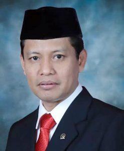Dr. Abdul Kholik SH Anggota DPR RI Dapil Jawa Tengah
