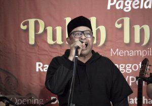 Rafli Kande Seniman Aceh dan Anggota Komisi VI DPR RI